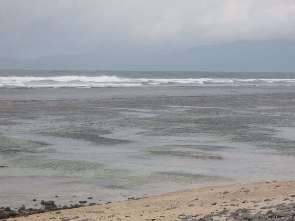 Click to enlarge image Lakay_Beach_0.8_ha_sumbawa1.JPG