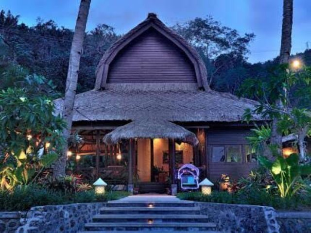 West lombok senggigi romantic boutique resort for Romantic boutique hotels